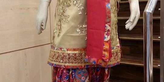 Salwar Suit Rs .5700