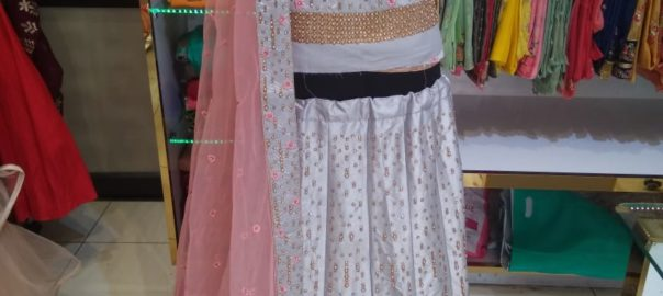 lehenga choli on rent in jalandhar, bridal lehengas on rent in jalandhar,party wear dresses on rent in jalandhar,lehenga on rentwith price,bridal lehengas shops in jalandhar, Maharani Designer Boutique